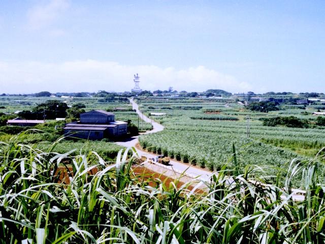 http://www.funatsudenshi.com/toshi_nishida/fudoki/kagoshima990815yoron4/99073121.jpg